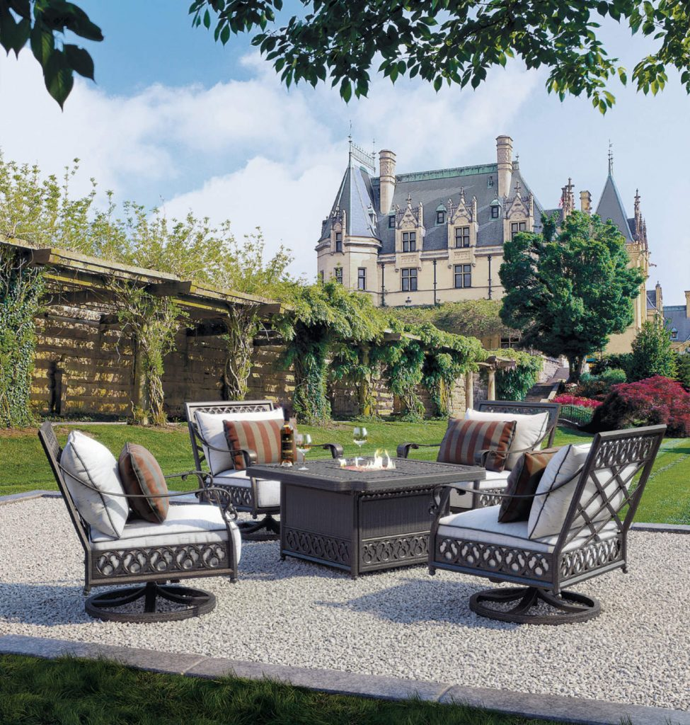 Castelle_Biltmore_Estate_Chat_Set_Preview.png
